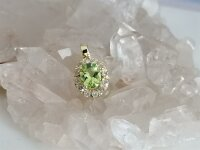 Lady Diana Style Anhänger Peridot/Dia 0,12ct in 333 GG